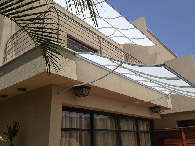 סוככים קבועים מעוצבים למרפסת